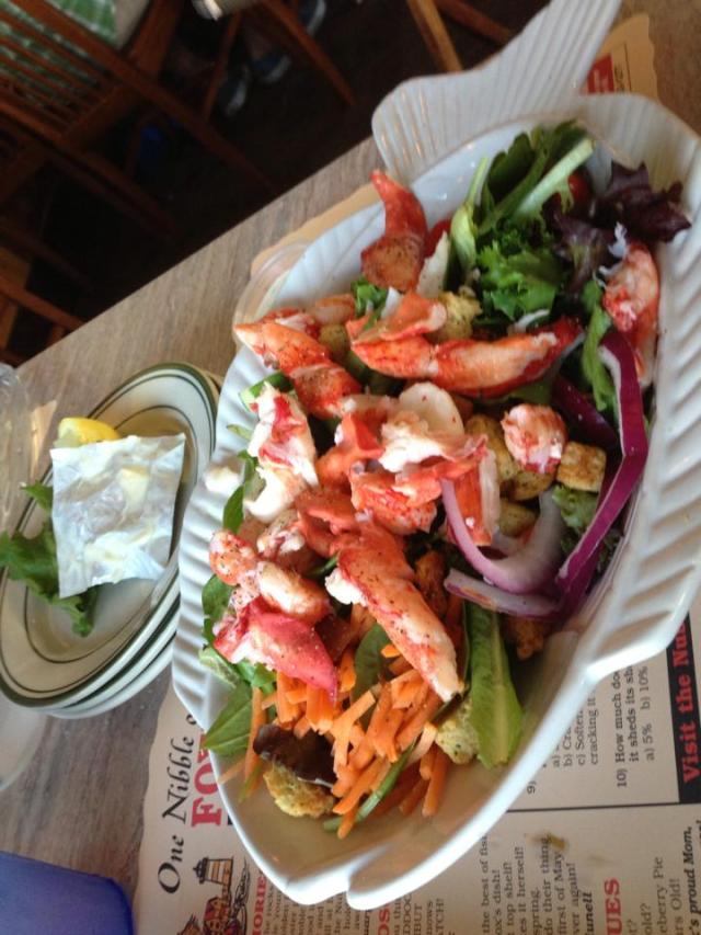 Mom's fox's lobster salad