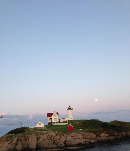 nubble light full moon