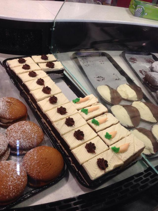 rossi's bakery