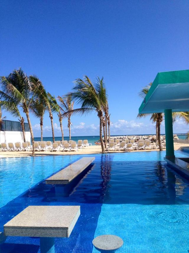 new pool riu palace jamaica