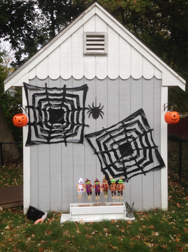 halloween shed